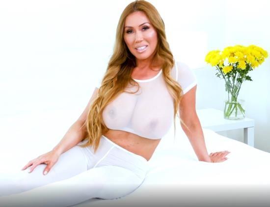 OnlyFans - Kianna Dior - White Yoga Dress (FullHD/1080p/1.58 GB)