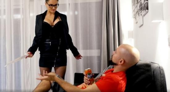 UNCHAINEDPERVERSIONS/Clips4Sale - Unknown - Picky Manager Blackmail Throat Fuck Humiliation (HD/720p/696 MB)