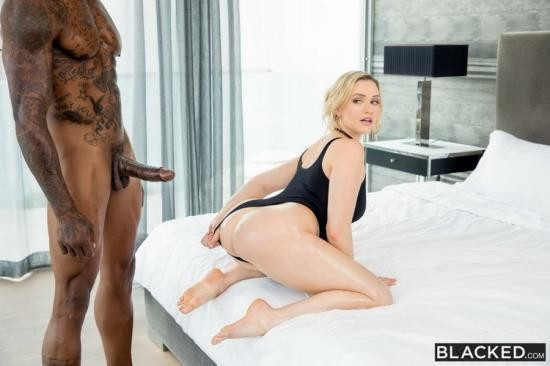 Blacked - Mia Malkova - My Own Private Tryout (HD/720p/2.54 GB)