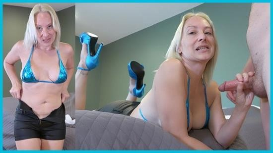 Porn - SexwithMilfStella - A Blonde In A Micro Bikini Leather Shorts Heels Walks Into A Bedroom... (FullHD/1080p/409 MB)