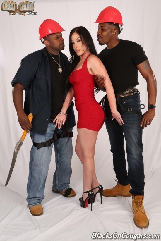 BlacksOnCougars/DogFartNetwork - Jennifer White - Two Big Black Cock (FullHD/1080p/2.26 GB)
