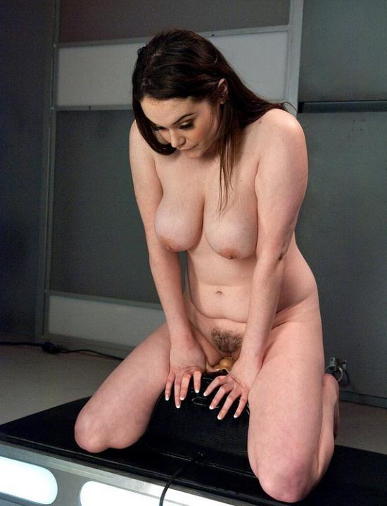 FuckingMachines/Kink - Tessa Lane - Full bodied Girl, Full bodied Fucked by Machines (HD/720p/1.24 GB)