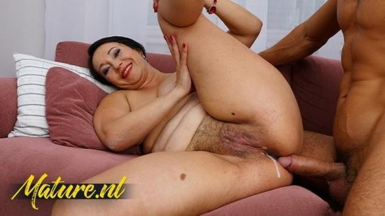 MomsLoveAnal - Unknown - Cheating Housewife Jane Dark Anal Creampied By Her Personal Trainer (FullHD/1080p/378 MB)