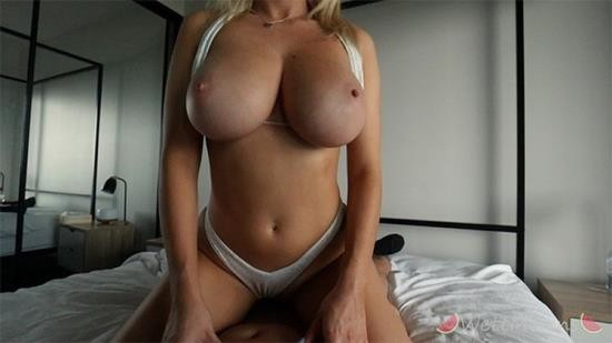 Onlyfans - Wett Melons - Getting fucked in my white bikini after the beach (FullHD/1080p/690 MB)