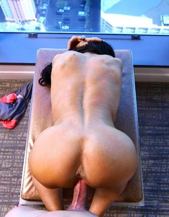 MomPov - Ericca - Bodybuilder GILF loves ass fucking (HD/720p/2.26 GB)