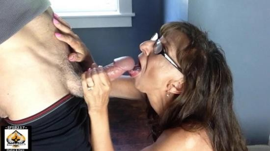 Onlyfans - Unknown - Hot Granny Sucks Cum From BWC Swallows (FullHD/1080p/422 MB)