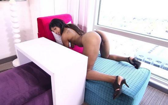 MomPov - Nadine - Sexy black MILF with big naturals (HD/720p/2.04 GB)