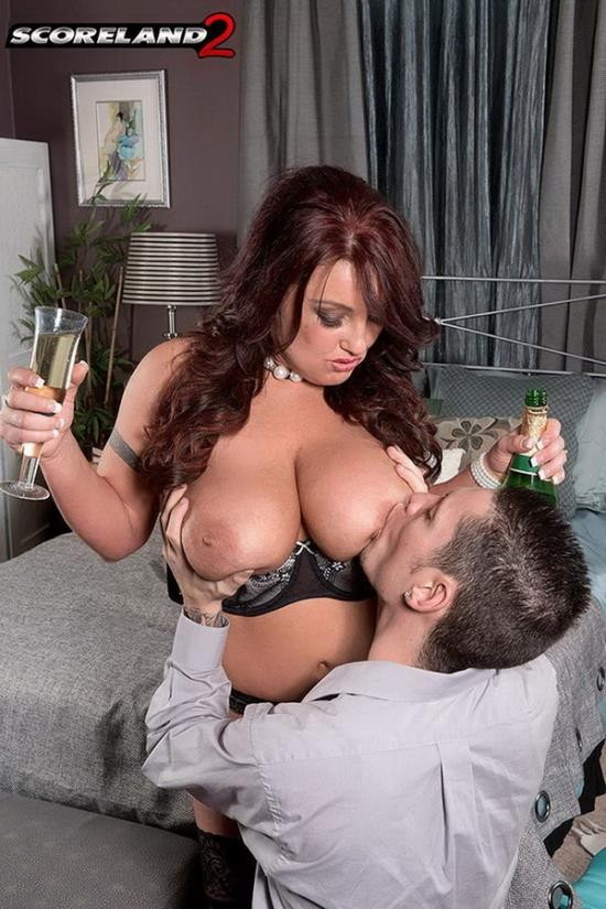 PornMegaLoad - Stephanie Stalls - Champagne Room Boom Boom (HD/720p/355 MB)