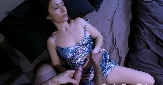 SATINFUN TABOO/Clips4Sale - mother - Abusing mothers trust XBJx (HD/720p/874 MB)