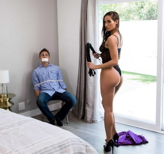 Brazzers Exxtra/Brazzers - Desiree Dulce - I Thought I Was The Criminal (FullHD/1080p/1.38 GB)