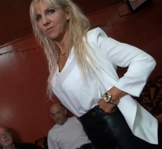 JacquieEtMichelTV/Indecentes-Voisines - Therese - Therese fait un tour en maison de retraite (FullHD/1080p/1.37 GB)