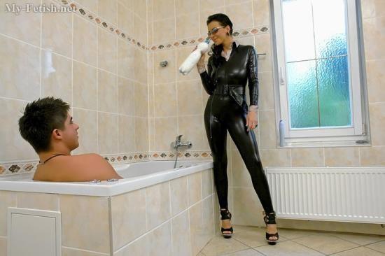 My-Fetish/Orgymax - Adriana - Milk Bath (FullHD/1080p/1.47 GB)