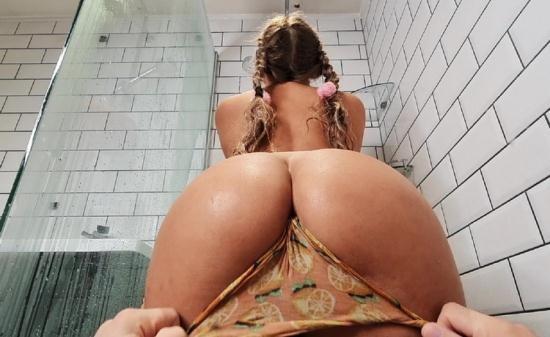 DayWithAPornstar/Brazzers - Beth Bennett - Shower Pranking Sex (FullHD/1080p/712 MB)
