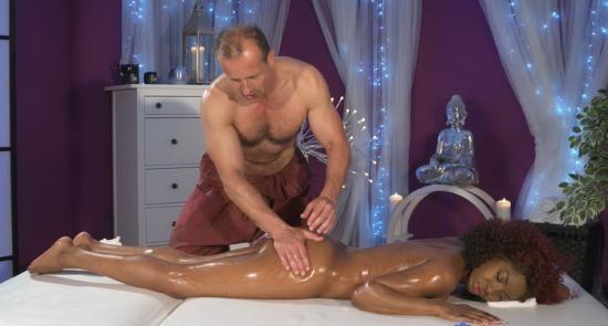 MassageRooms/SexyHub - Jasmine Webb - Squirting orgasm for hot black girl (FullHD/1080p/1.12 GB)