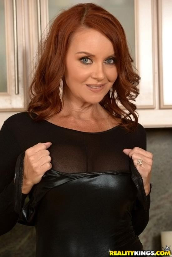 MilfHunter/RealityKings - Janet Mason - Sexy Back In Black (HD/720p/1.53 GB)