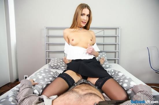 LustReality - Alexis Crystal - A First Lesson (UltraHD 2K/1920p/3.21 GB)