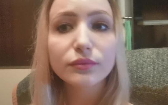 StacyStarando - Stacy Starando - Young Girl Sucks Big Dick On Selfie Camera (FullHD/1080p/315 MB)
