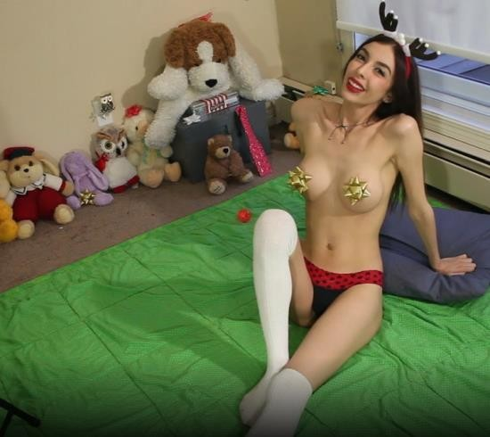 ManyVids - Chloe Night - Raunchy reindeer cums with you joi (FullHD/1080p/1.77 GB)