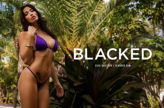 Blacked - Clea Gaultier - Neighborly (HD/720p/2.21 GB)