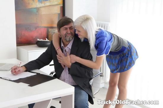TrickyOldTeacher - Misa - Cunning Misa seduces her tricky old teacher for better grades in school (UltraHD 4K/2160p/2.67 GB)
