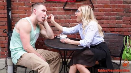 Ashley Fires Fetish Clips/Clips4sale - Ashley Fires - Dont Leave Mommy (FullHD/1080p/1.34 GB)
