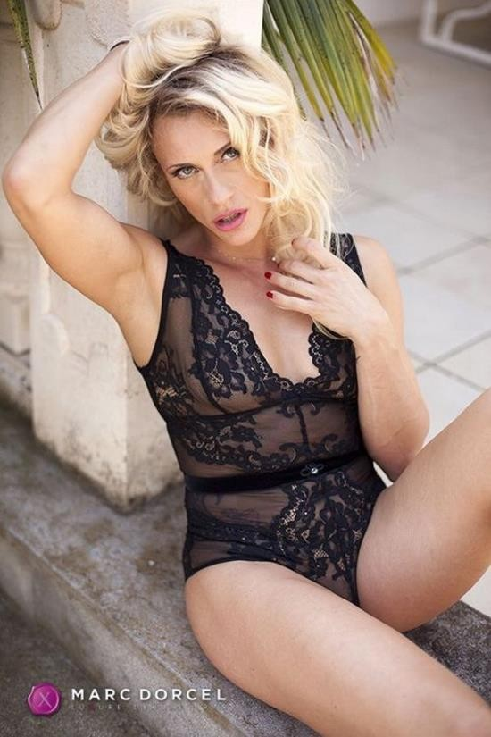 DorcelClub - Brittany Bardot - 100% Anal - Rich Milf Wants Hard Sex (UltraHD 4K/2160p/1.46 GB)