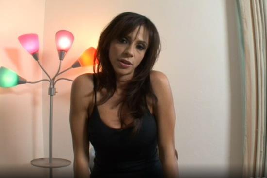 BangMyStepmom/Porn - Ariella Ferrera - Hot Stepmom Bangs Son Fresh Outta Jail! (HD/720p/630 MB)