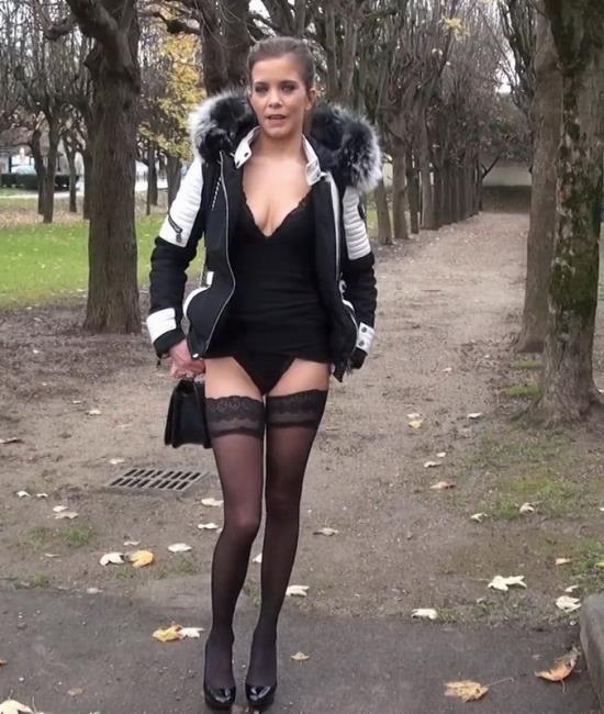 JacquieEtMichelTV - Camille - Camille se lance dans larene ! (FullHD/1080p/1.16 GB)