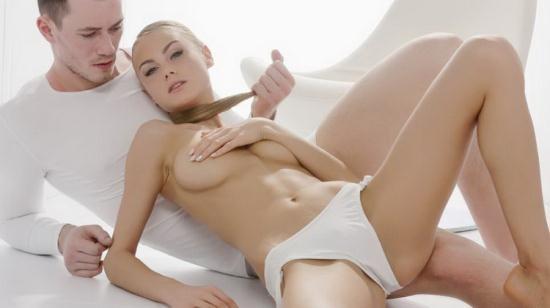 TheWhiteBoxxx/PornDoePremium - Nancy A - Sensual Ukrainian blondie Nancy A eats cum in hot glamcore fuck (HD/720p/429 MB)