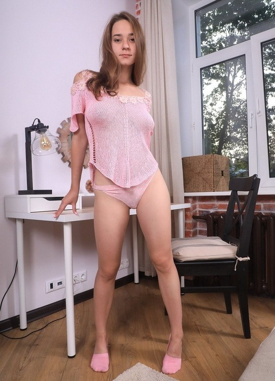 Beauty-Angels/TeenMegaWorld - Kecy Hill - Hottie rides dildo on table (FullHD/1080p/1.08 GB)