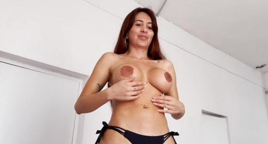 PutaLocura - Linda Gonzalez - Hot Mature Woman (HD/720p/718 MB)