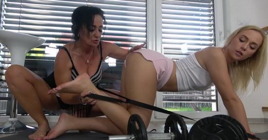 GrandParentsX/passionxxx - Lady Masha, Jenny Wild - A sexy workout (FullHD/1080p/2.02 GB)