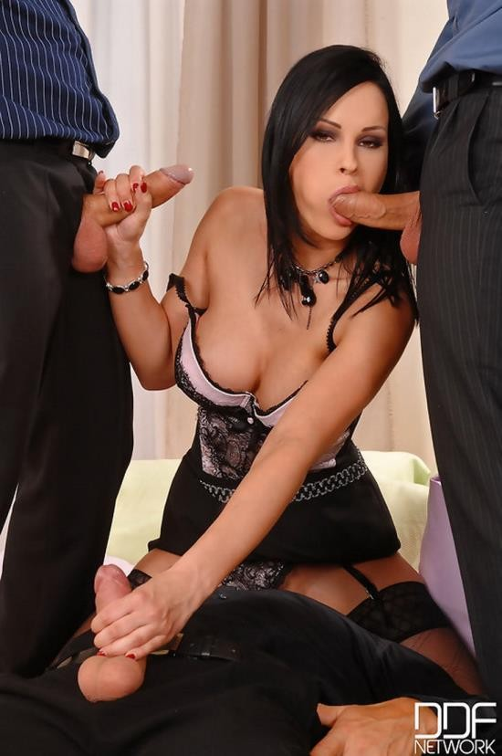 Handsonhardcore/DDFNetwork - Abbie Cat - Taxed by the men in black! (HD/720p/933 MB)