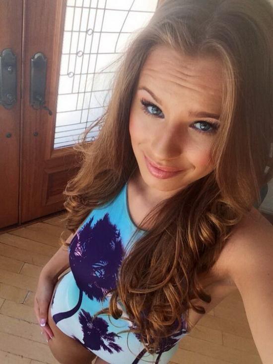 Facialkings - Jillian Janson - Squirting Sex Nymph Fucks Filthy.... (FullHD/1080p/559 MB)
