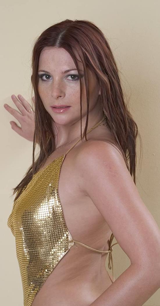 PinkoHD - Jessica Fiorentino - She Likes It Big (FullHD/1080p/853 MB)