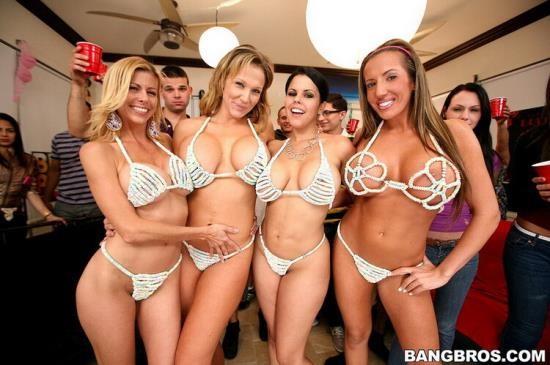DormInvasion/BangBros - Diamond Kitty, Alexis Fawx, Nikki Sixx, Richelle Ryan - Dorm Destroyed By BangBros (HD/720p/928 MB)