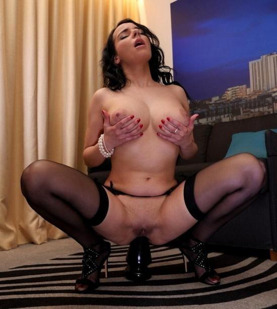 LaCochonne - Sophia Laure - Sophia Laure (FullHD/1080p/2.76 GB)