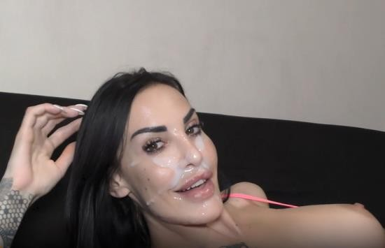 OnlyFans - Chanty Chrys - BRUNETTE MILF Surprised by ANAL FUCK HUGE CUM on the Face (UltraHD 4K/2160p/1.22 GB)
