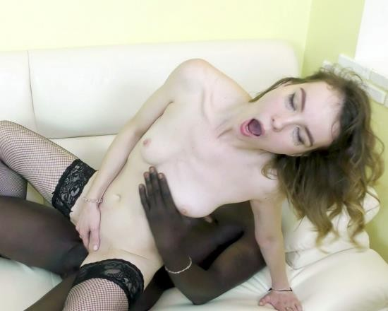 AnalVids, LegalPorno - Alice Paradise - I Was Left Alone With A Black Guy (FullHD/6.41 GB)