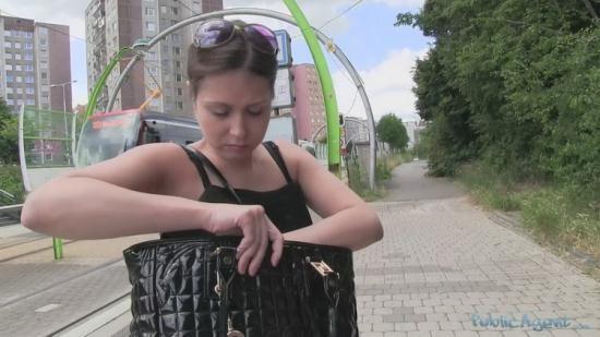 PublicAgent/Casting.xxx - Justyna - Justyna (FullHD/1080p/1.26 GB)