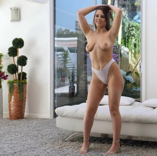 CastingCouch-HD - Ava - She Was Ready To Go (HD/720p/1.60 GB)