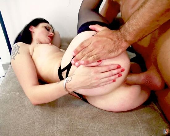AnalVids, LegalPorno - Alice Drake - Full Anal And Bottle For This New French Destruction Of These Holes (SD/720 MB)