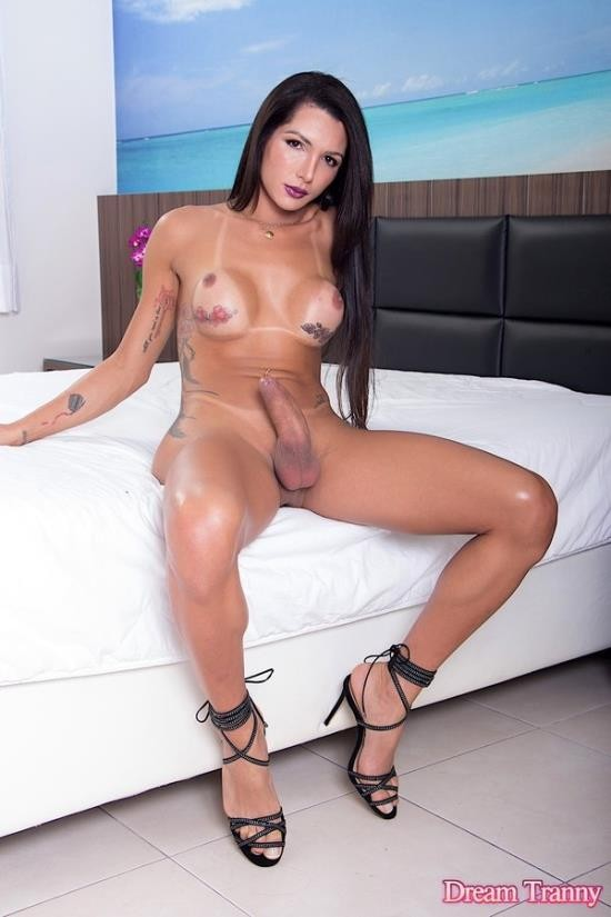 DreamTranny - Roberta Cortes - She Put Her Fat Dick In His Ass (FullHD/1080p/1.62 GB)