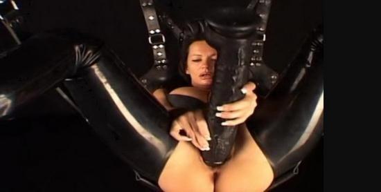 Latexangel - LatexAngel AKA Angelina - Lxav Fa Huge Dildo In Pussy  Large Dildo Pussyfucking, Extreme Pussy Penetration, Cunt Stretching, Nasty Closeups (HD/720p/174 MB)