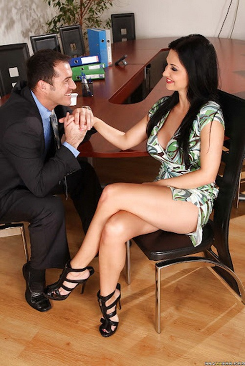 BigTitsatWork/BraZZers - Aletta Ocean - Fuck Or You're Fired (HD/720p/2.01 GB)