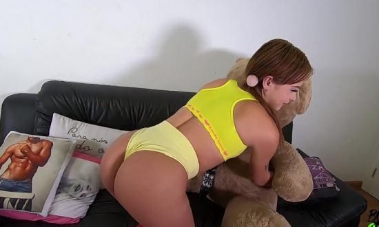 XVideos.RED/BonegasBrazil - Sthefanny Sayury - The New Debutante Makes Her First DPA in Her First Recorded Fuck (FullHD/1080p/375 MB)