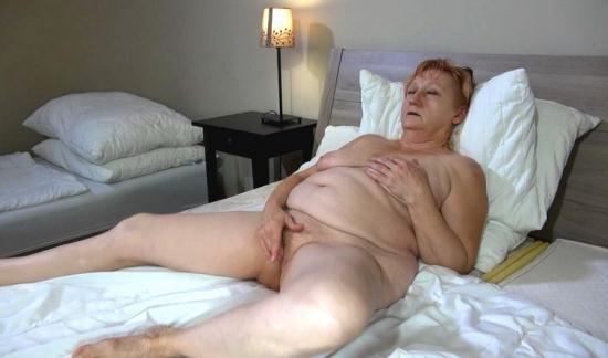 OldNanny - Bernadett - Lesbian (HD/720p/633 MB)