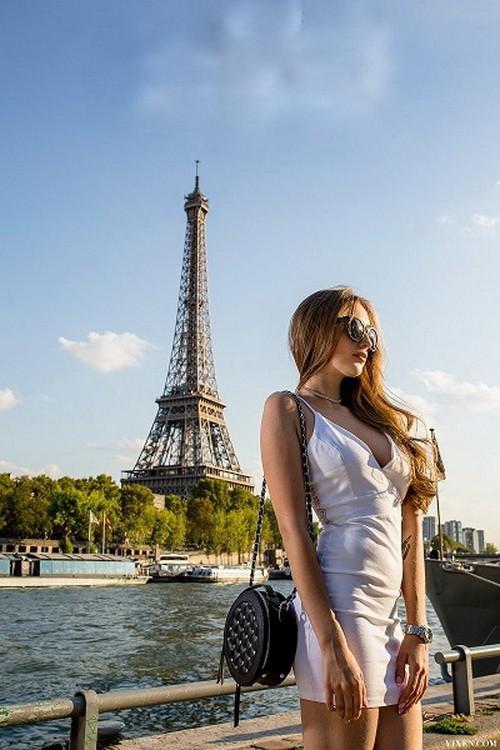 Vixen - Lena Reif, Erik Everhard - Grateful In Paris (HD/720p/1.35 GB)
