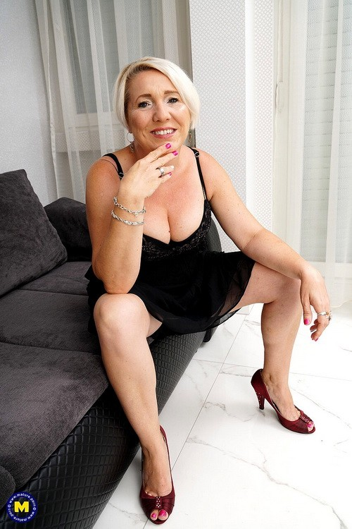 Mature.nl/Mature.eu - Gasha - She has a special evening planned and shes craving a creampie (FullHD/1080p/1.28 GB)