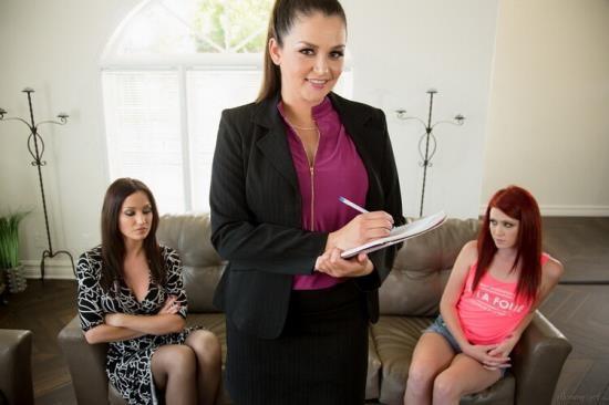 MommysGirl/GirlsWay - Elle Alexandra, Allie Haze, Angela Sommers - The Family Therapist (FullHD/1080p/2.57 GB)